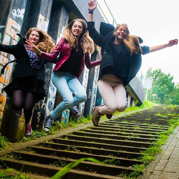 vriendinnen sprong